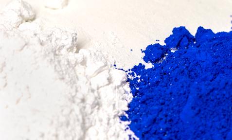 Kunststoffe färben in der Wunschfarbe